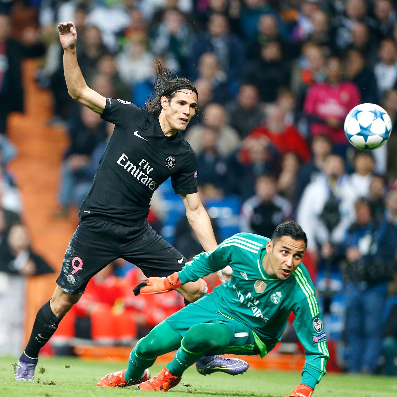 Edinson Cavani endured a nightmare in front of Real Madrid's goal on Tuesday.