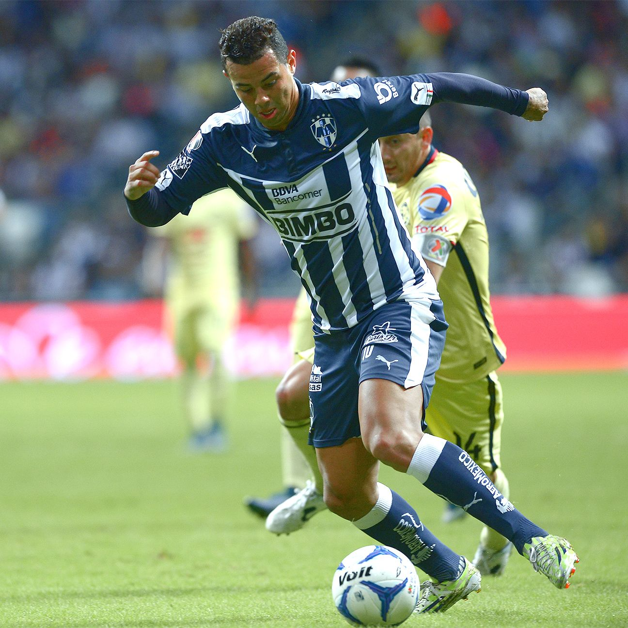 Edwin Cardona leads a talented Monterrey squad that has designs on a Clausura title.
