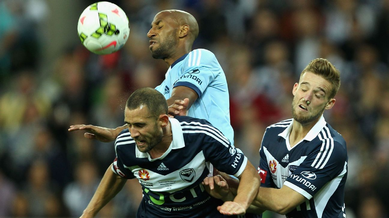 MELBOURNE, AUSTRALIA - MAY 17:  Mickael Tavares of Sydney heads the ball during the 2015 A-League Grand Final match between the Melbourne Victory and Sydney FC at AAMI Park on May 17, 2015 in Melbourne, Australia.  (Photo by Robert Prezioso/Getty Images)