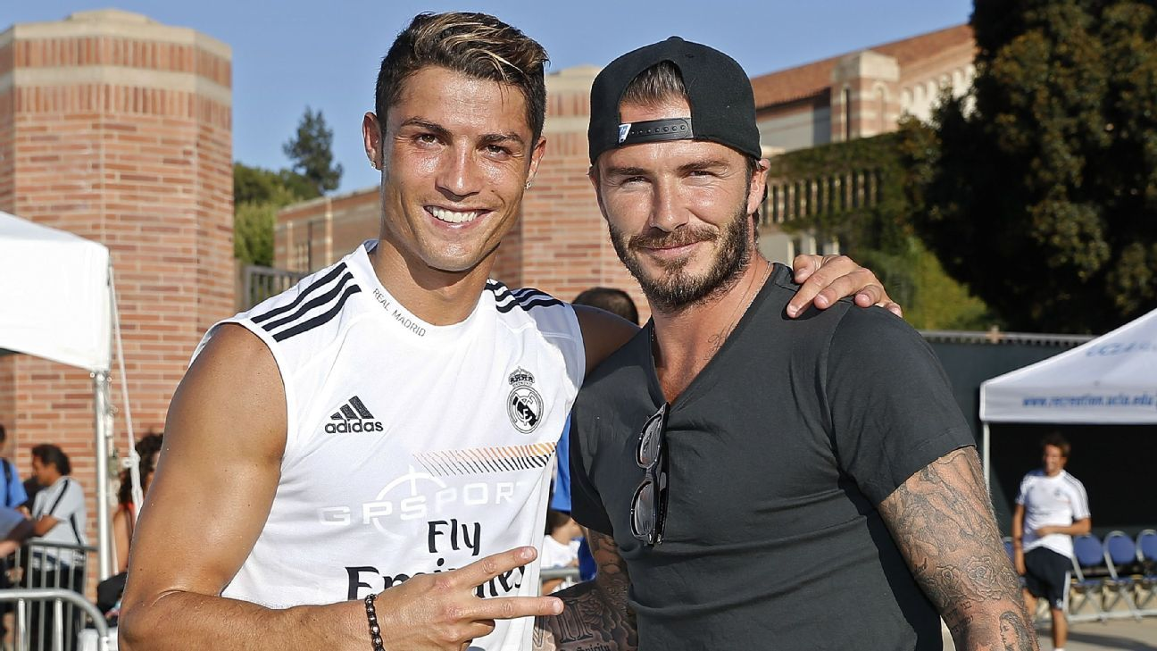 LOS ANGELES, CA - JULY 29: Cristiano Ronaldo (L) of Real Madrid and former player David Beckham pose after a training session at UCLA Campus on July 29, 2013 in Los Angeles, California. (Photo by Angel Martinez/Real Madrid via Getty Images)