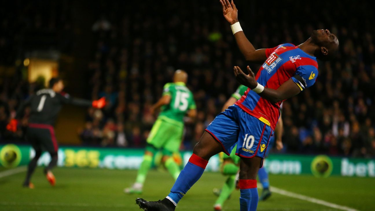 Yannick Bolasie's giveaway resulted in Sunderland's lone goal.