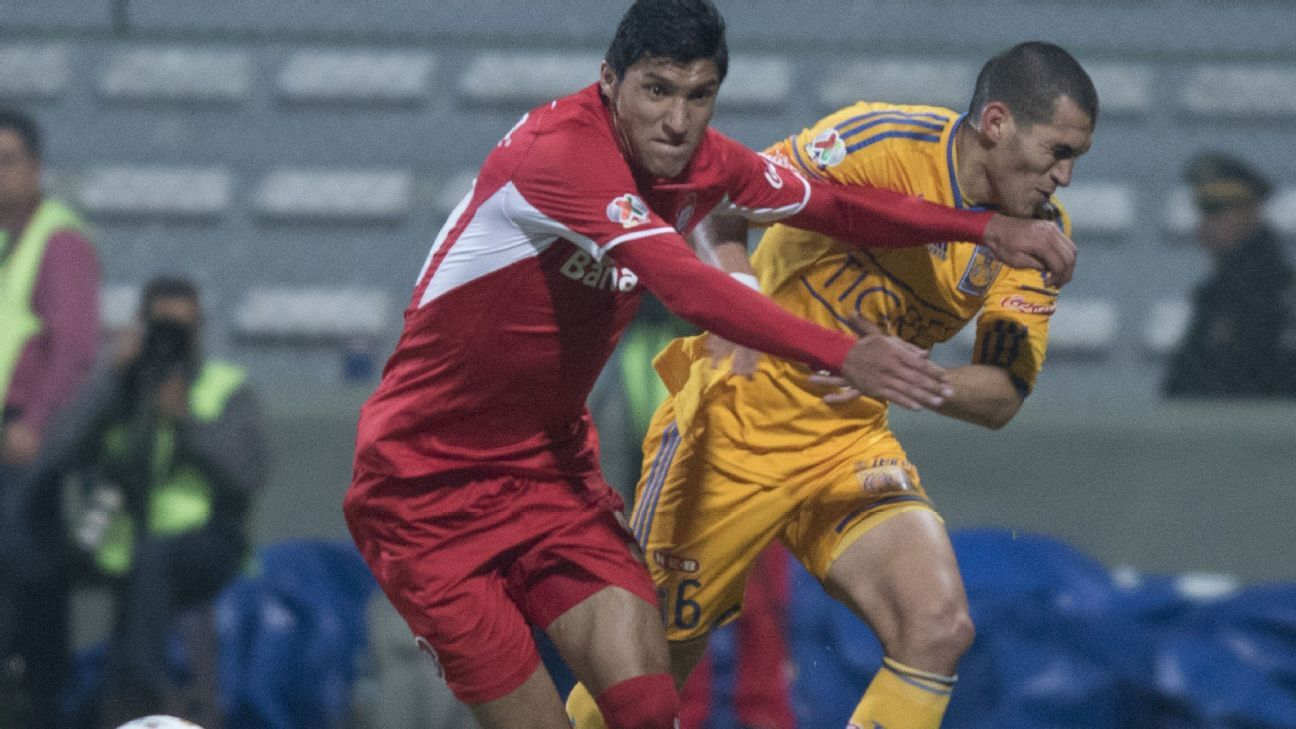 There is little love lost between Jose Cardozo's Toluca and Ricardo Ferretti's Tigres, who battled in the 2014 Apertura semifinals.