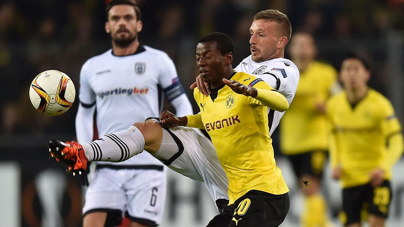 Adrian Ramos struggled from start to finish in Dortmund's loss to PAOK.