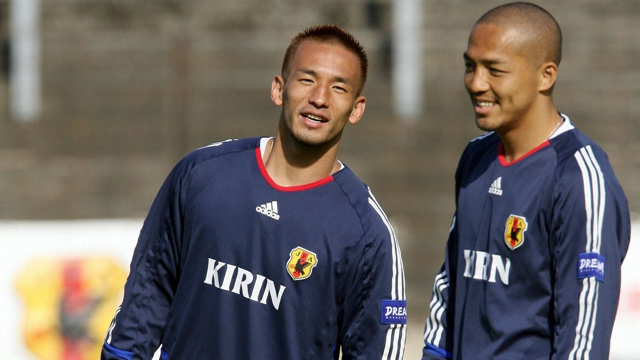 Shinji Ono and Hidetoshi Nakata of Japan