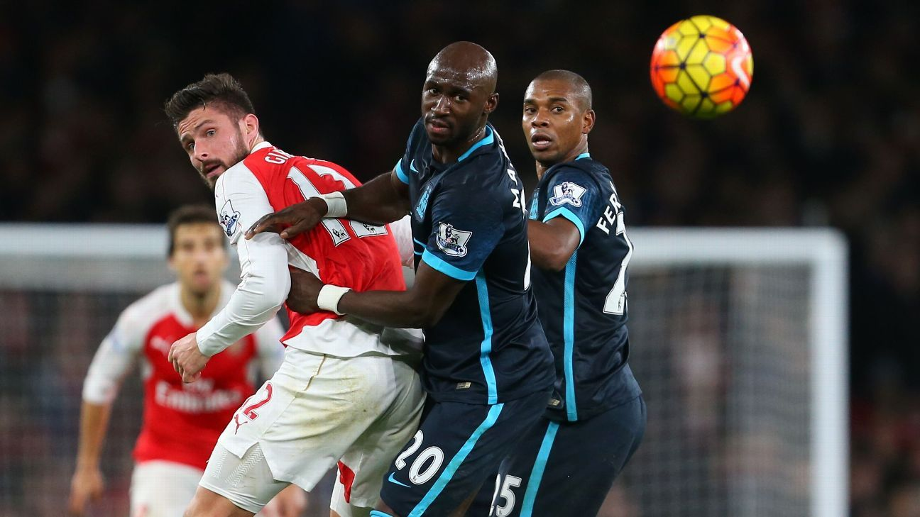 The errors committed by defender Eliaquim Mangala, center, proved costly for Manchester City at Arsenal.