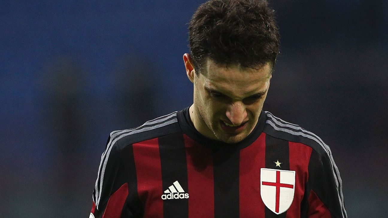 It was another fruitless day at the office for Giacomo Bonaventura and AC Milan in their 1-0 home loss to Bologna.