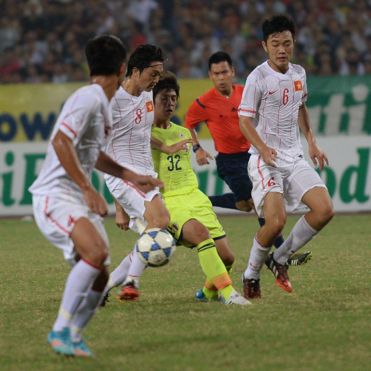 Vietnam midfielder Luong Xuan Truong