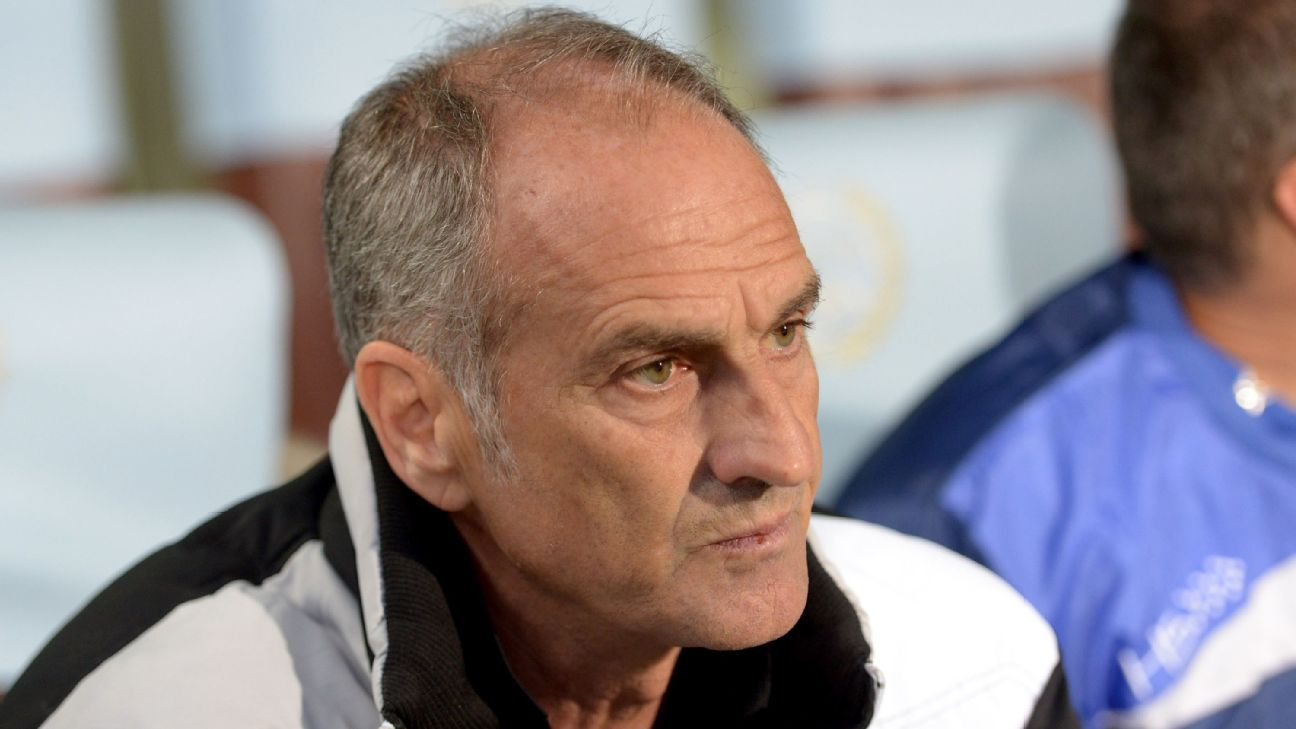 Head coach of Udinese Francesco Guidolin looks on during the Serie A match between Udinese Calcio and Sampdoria at Stadio Friuli on May 17, 2014 in Udine, Italy. (Photo by Dino Panato/Getty Images)