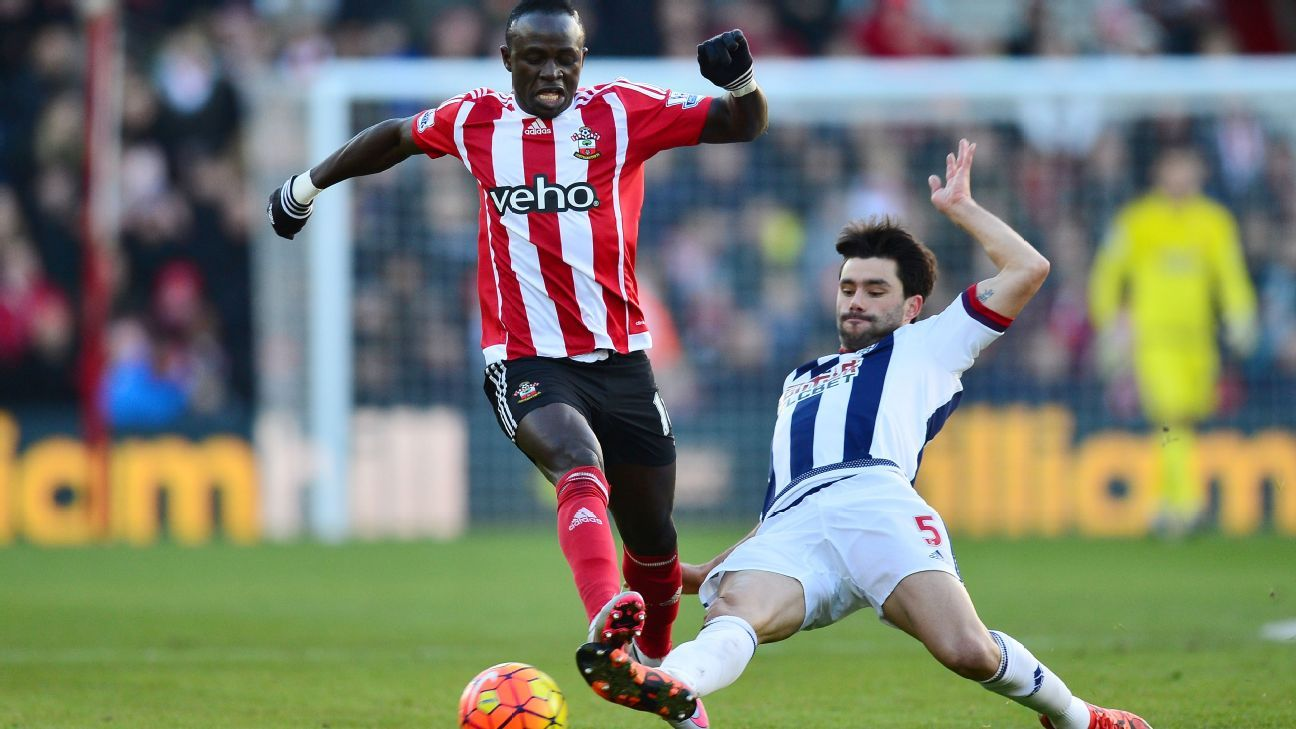 Claudio Yacob, right, was one of few physical presences on the pitch for West Brom at Southampton.