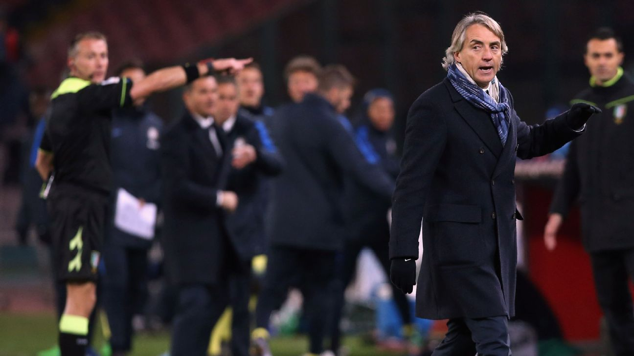 Mancini sent off vs Napoli 160119