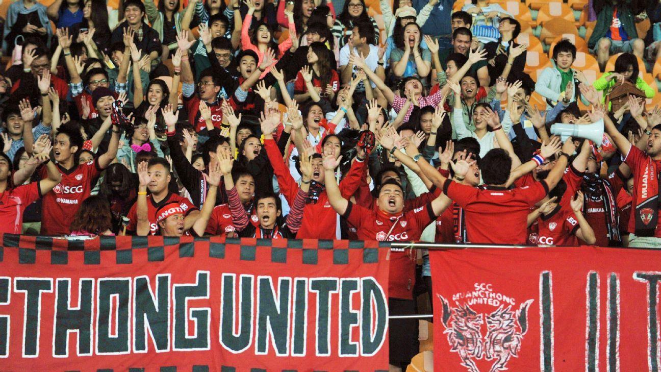 Risultati immagini per muangthong united supporters