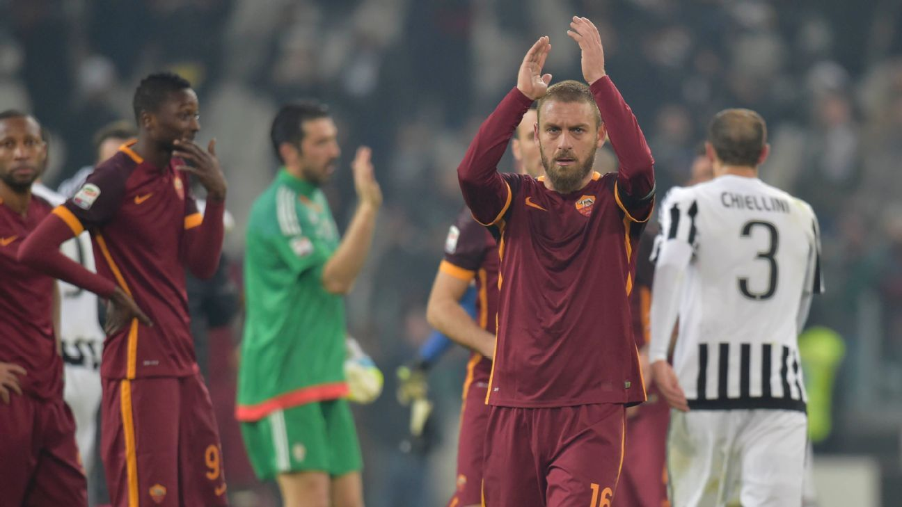 TURIN, ITALY - JANUARY 24:  Daniele De Rossi of AS Roma after the Serie A match between Juventus FC and AS Roma at Juventus Arena on January 24, 2016 in Turin, Italy.  (Photo by Luciano Rossi/AS Roma via Getty Images)