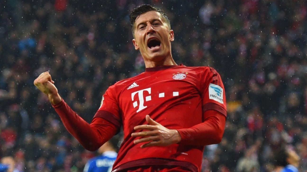 Robert Lewandowski had a goal in each half to pace Bayern Munich to victory.