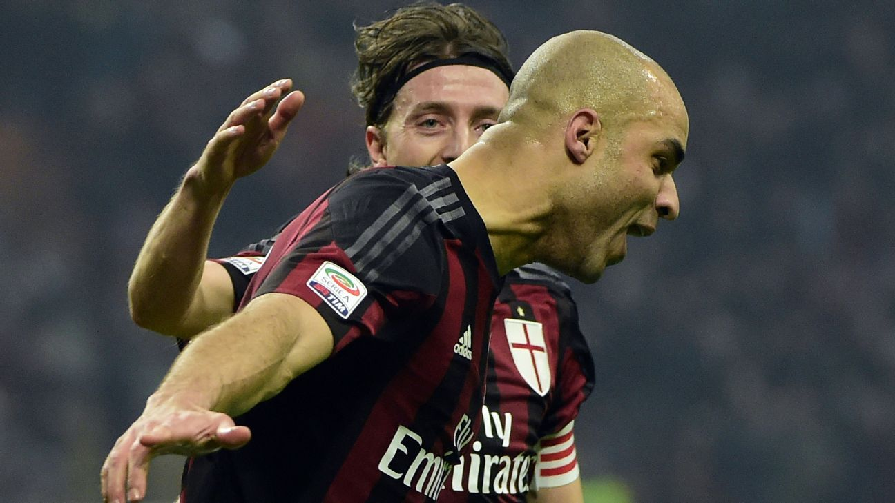 Alex's opening goal in the 35th minute set the stage for Milan's 3-0 derby win over Inter.