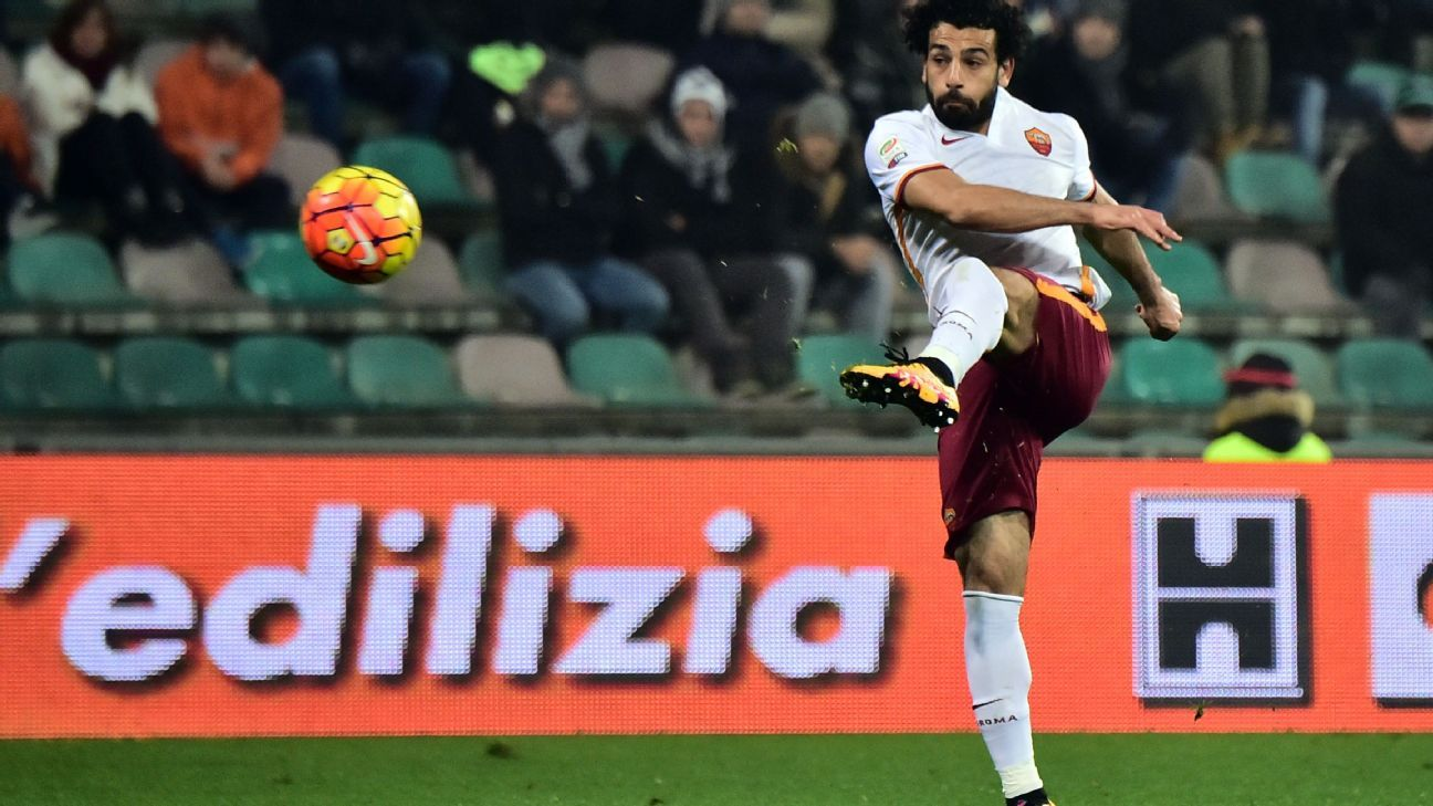 Mohamed Salah's 11th minute goal sent Roma on their way to a rare road victory.