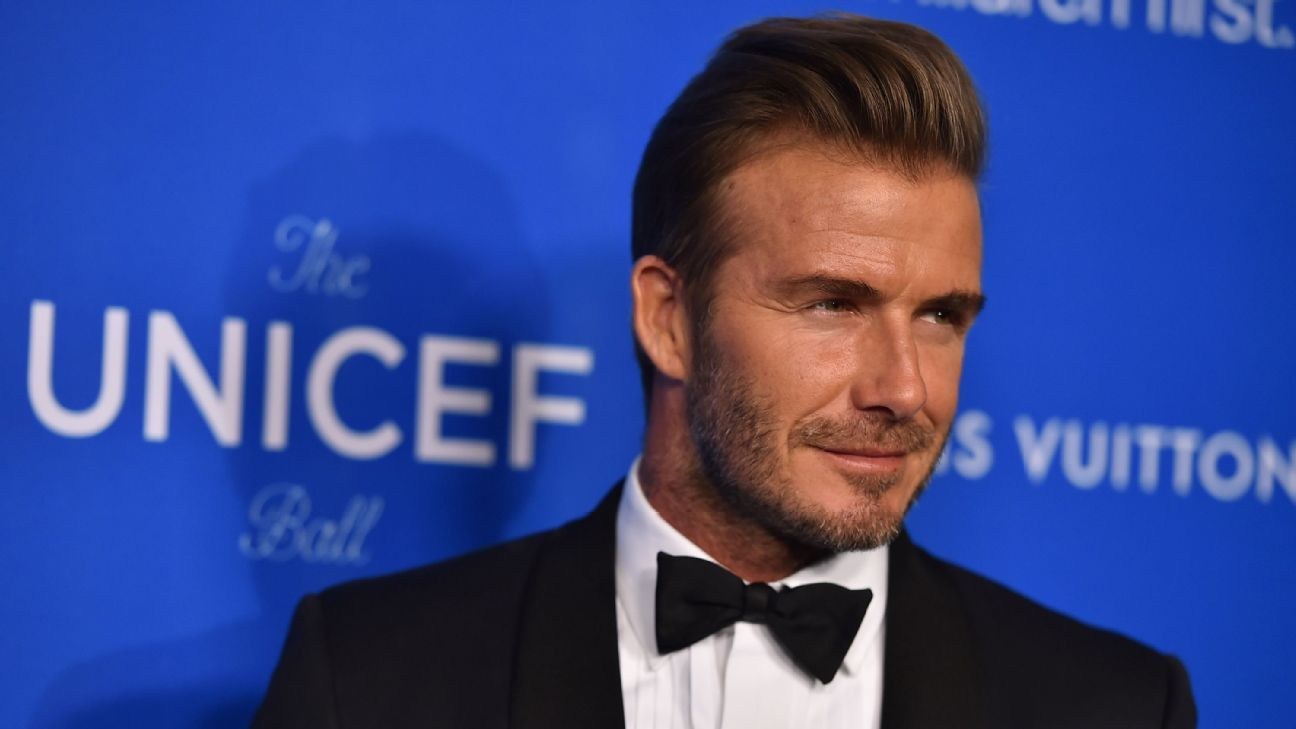 Beckham UNICEF Ball 160112