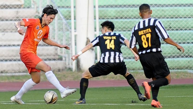 Sparks striker Phil Younghusband