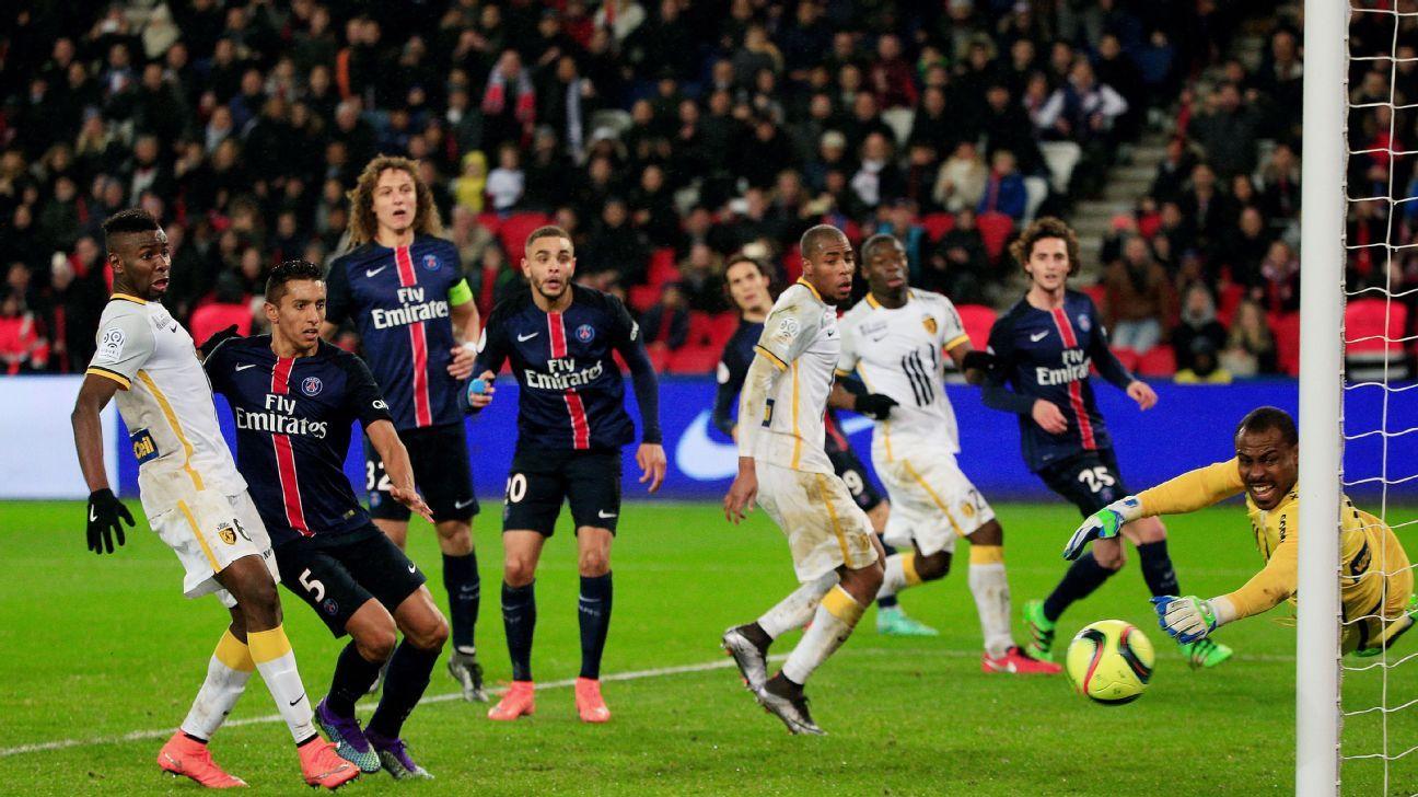 Enyeama save Lille PSG 160213