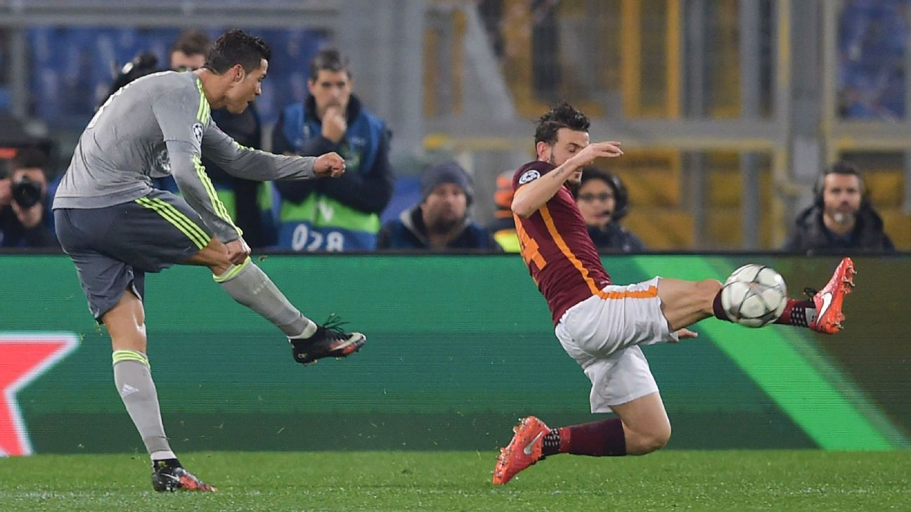 Cristiano Ronaldo's shot took the slightest of touches off Alessandro Florenzi to help Real take a 1-0 lead at Roma.