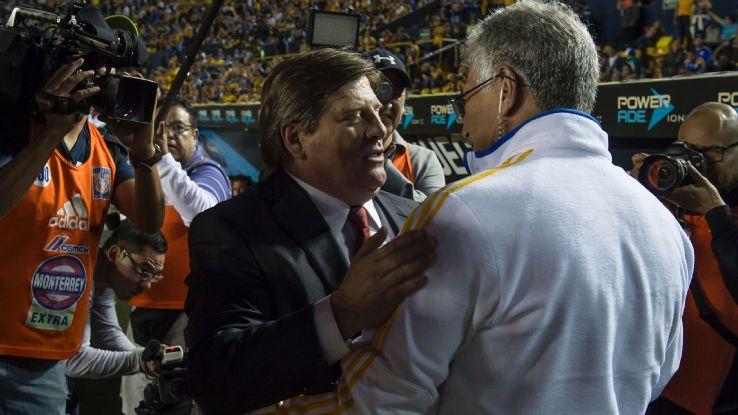 Miguel Herrera and Ricardo Ferretti