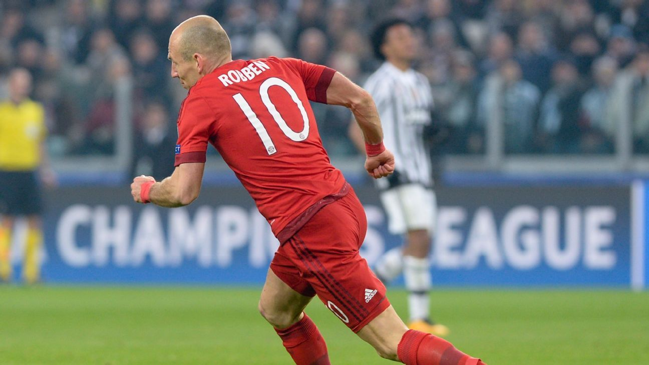 Arjen Robben used his trademark move of cutting inside and curling a left-footer to score Bayern's second of the night.