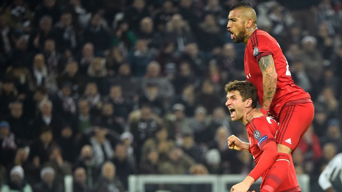 Thomas Muller and Arturo Vidal