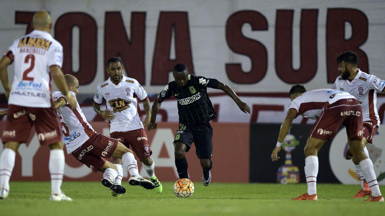 Marlos Moreno vs. Huracan