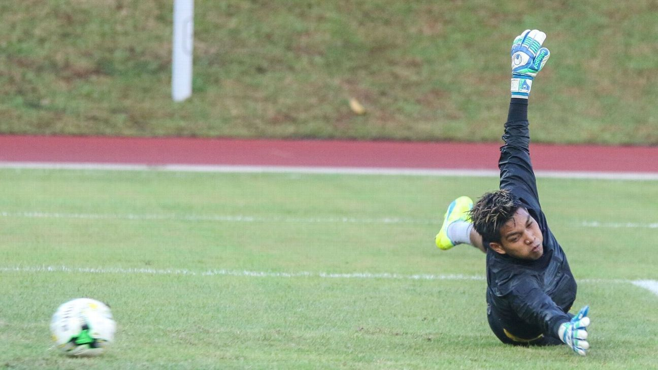 Tampines goalkeeper Izwan Mahbud