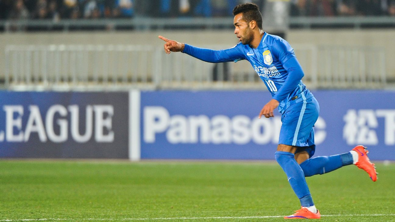 Alex Teixeira nets Jiangsu Suning first win Evergrande stay two