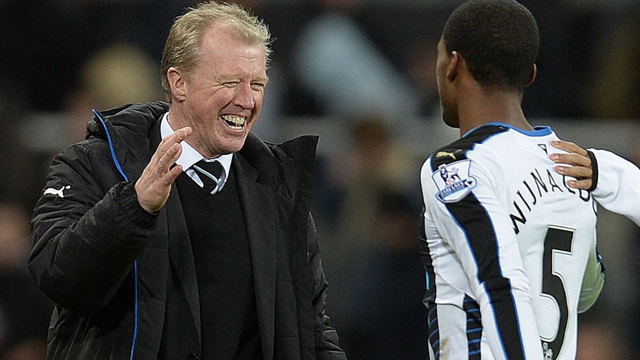 Steve McClaren and Georgino Wijnaldum