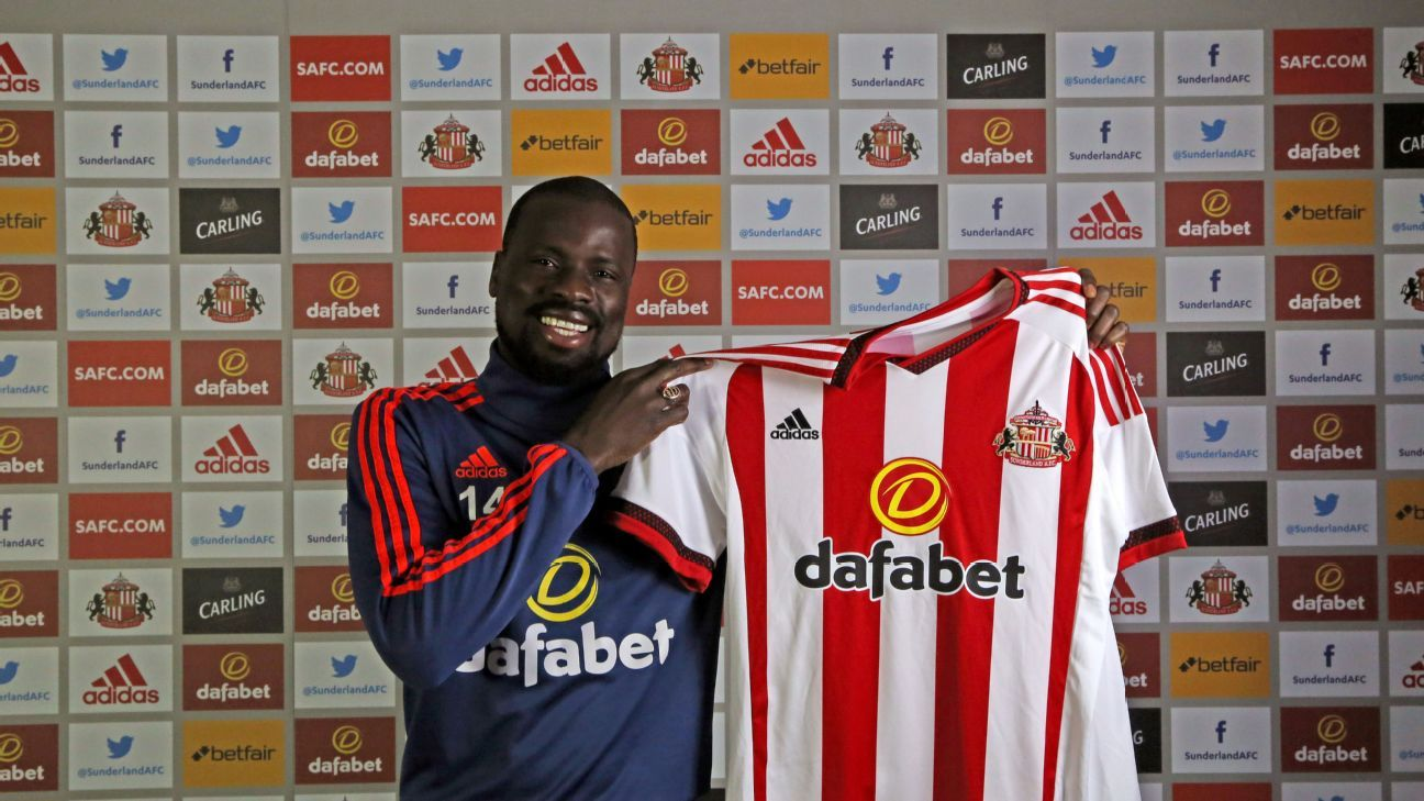 New Sunderland full-back Emmanuel Eboue has been out of action since last season after leaving Galatasaray.