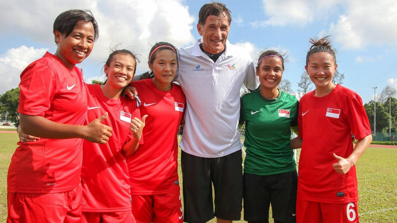 Singapore football legend Aleksandar Duric