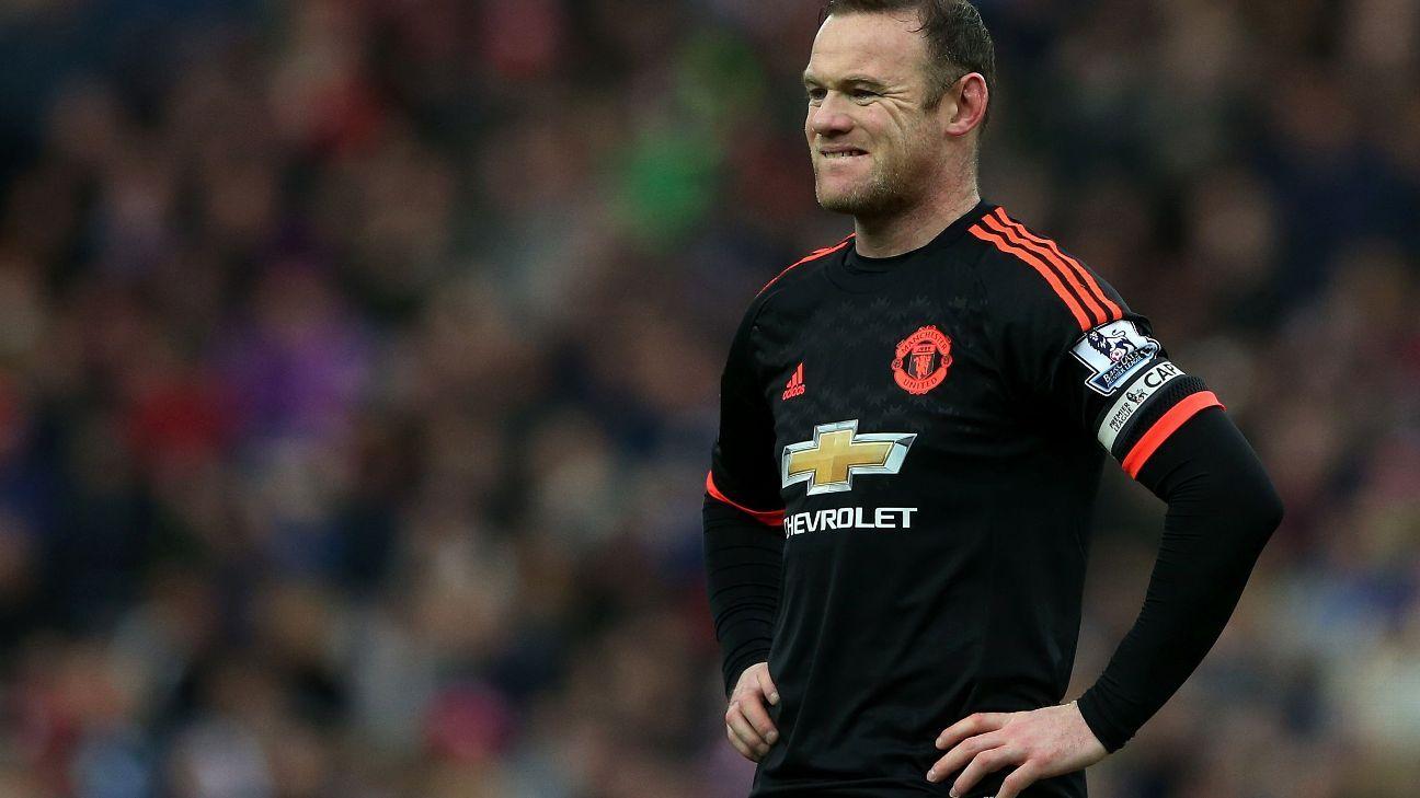 Wayne Rooney grimacing