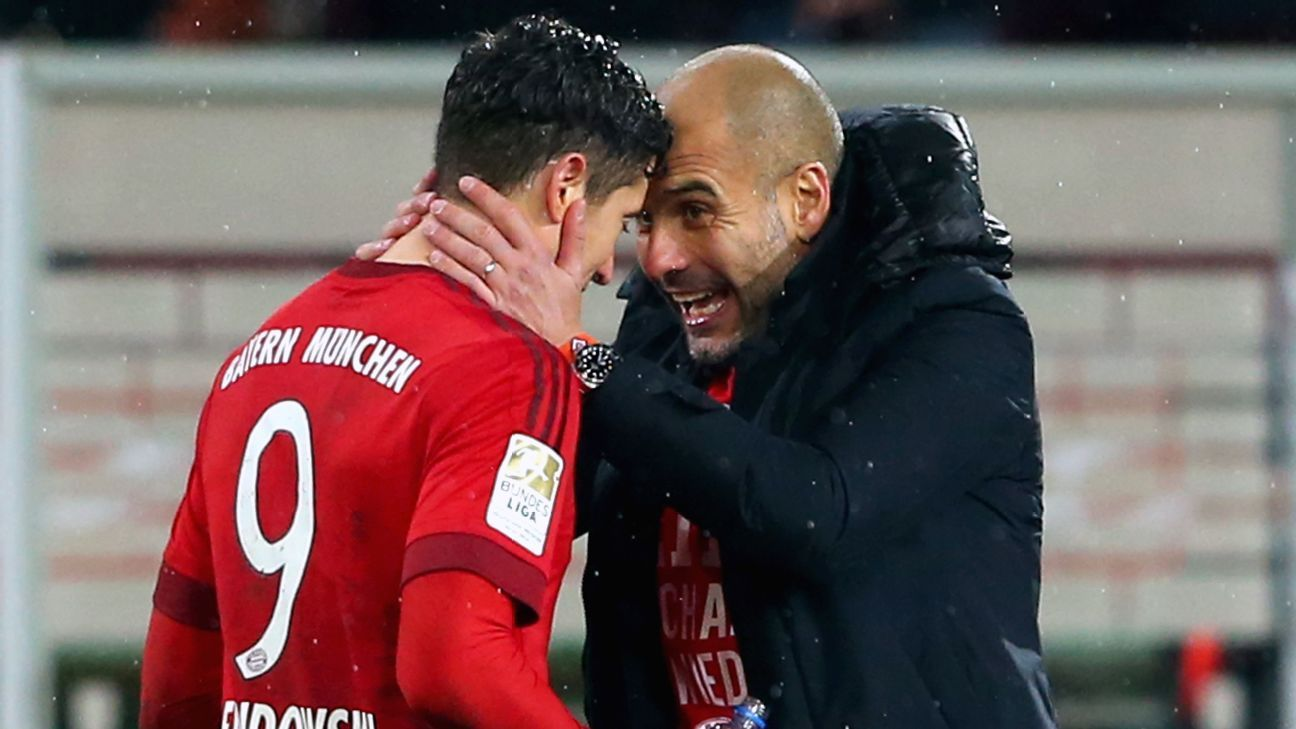 Robert Lewandowski and Pep Guardiola