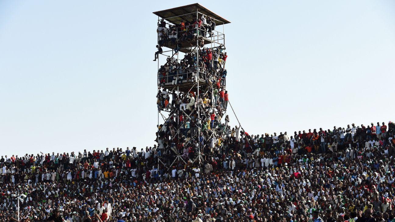 Nigeria fans v Egypt