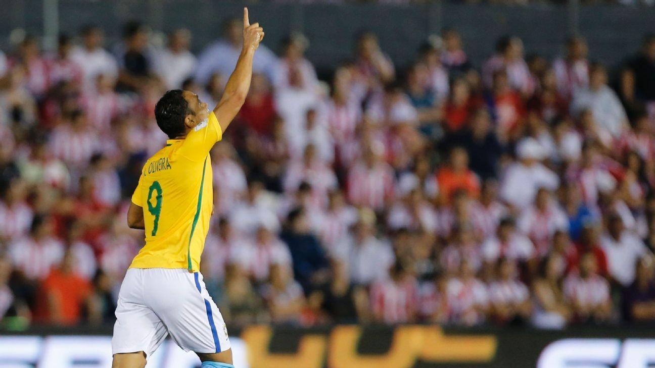 Olivera Brazil vs PAR 160329