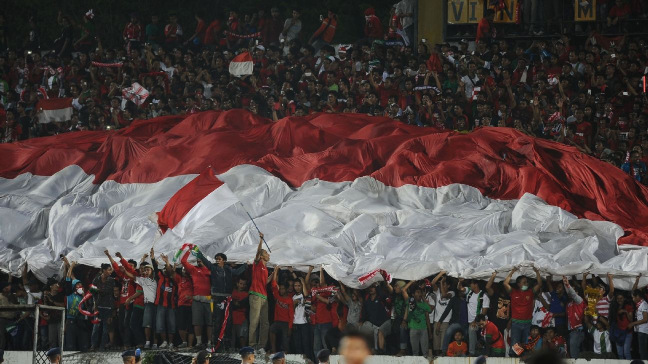 Indonesian football fans