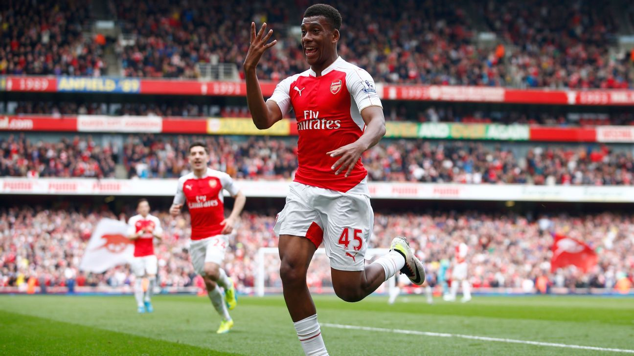 Alex Iwobi: Online abuse from Arsenal fans can get 'crazy'