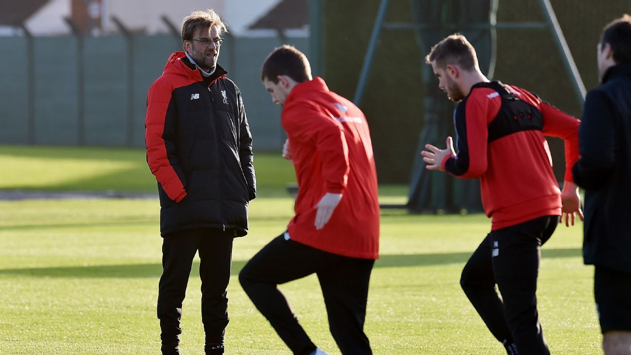 Klopp at Liverpool training