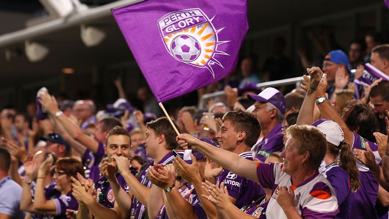 Perth Glory fans