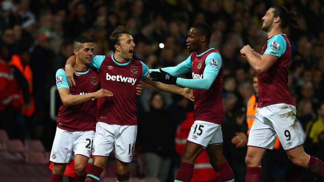 West Ham celebrates