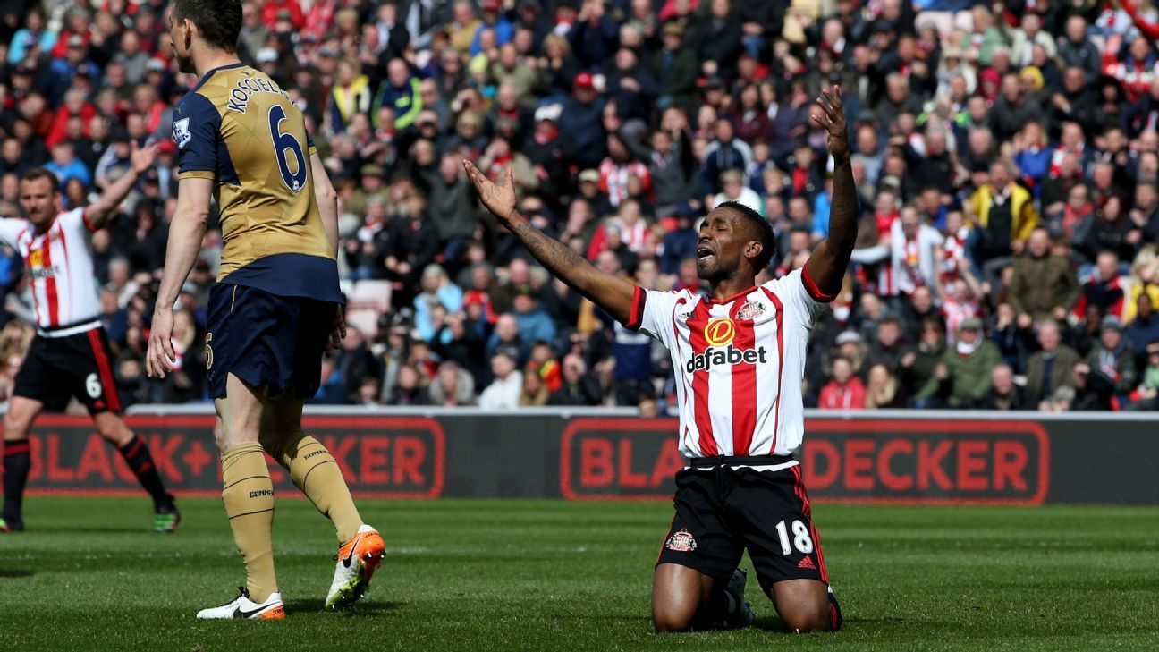 Jermain Defoe v Arsenal