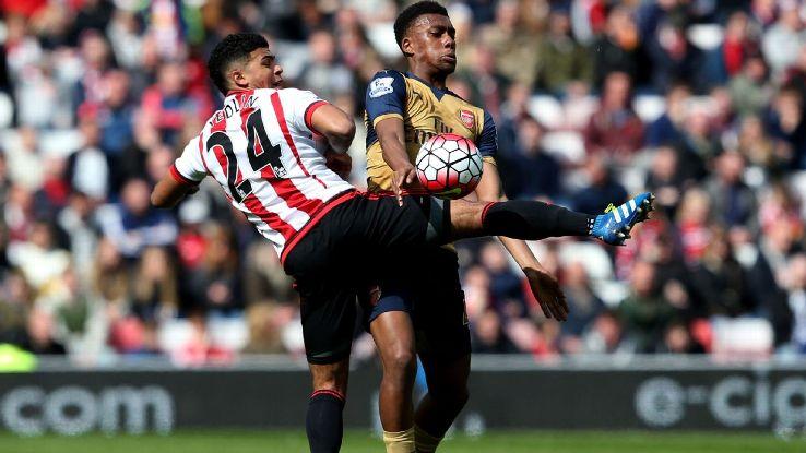 DeAndre Yedlin vs Arsenal