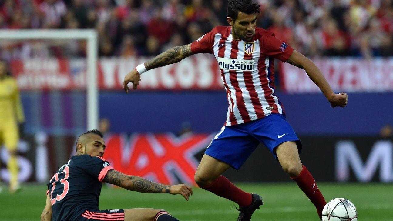 Augusto Fernandez v Bayern