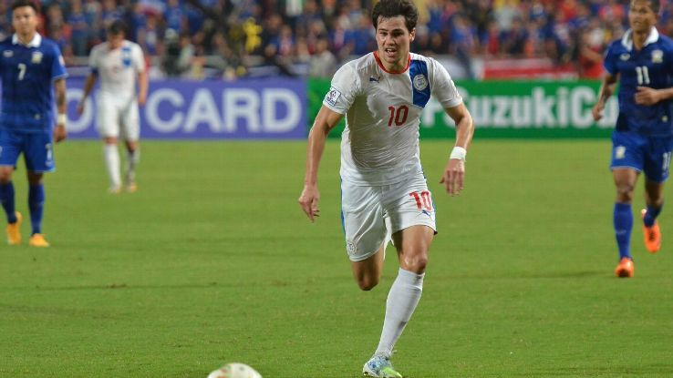 Phil Younghusband of Philippines vs. Thailand, December 2014, Suzuki Cup semifinal, second leg