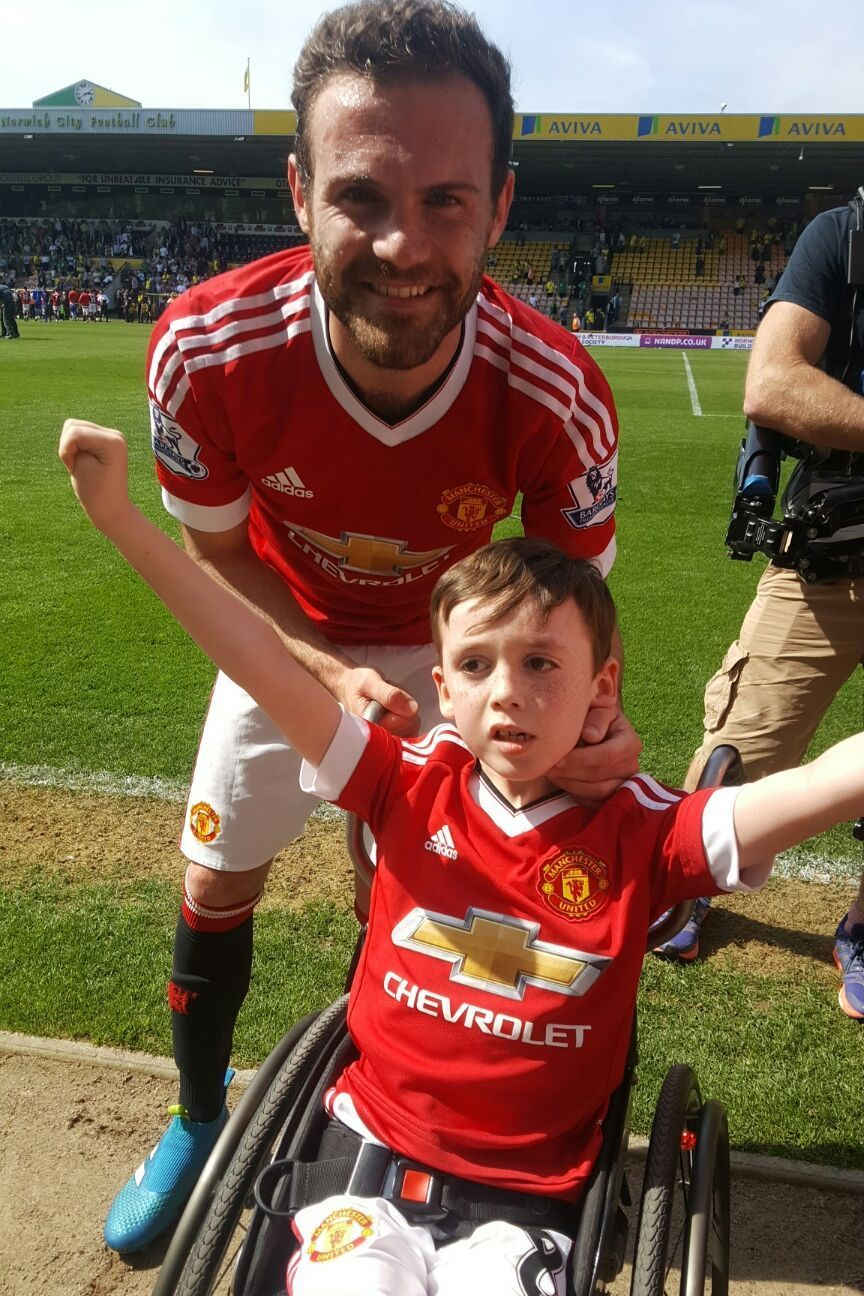 How Manchester United matchwinner Juan Mata made the day of a