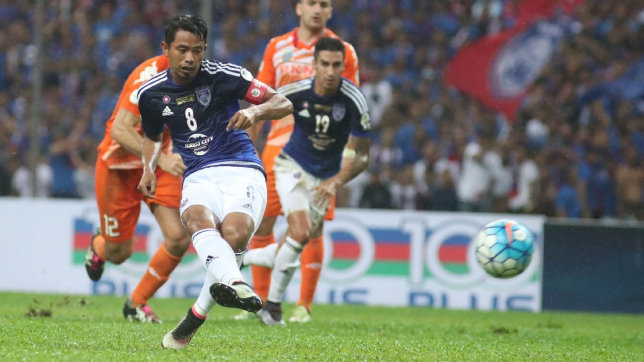 JDT's Safiq Rahim converts penalty in 2016 Malaysia FA Cup final vs. PKNS