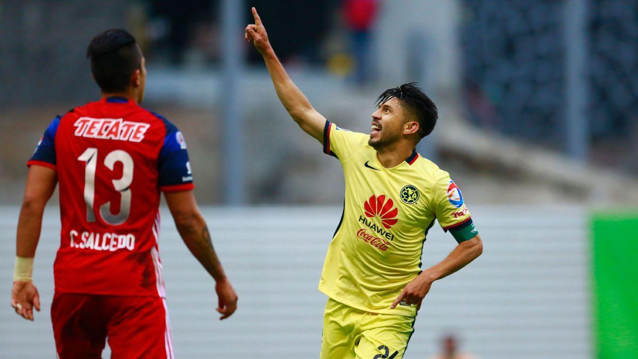 Peralta celeb vs Chivas 160515
