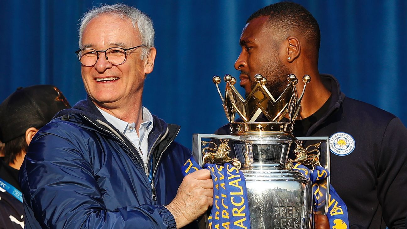 Ranieri with Premier League trophy