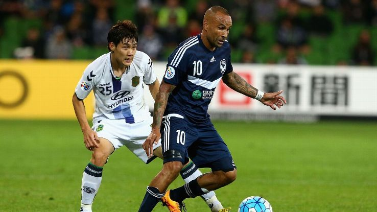 Archie Thompson, Melbourne Victory in his final home game in AFC Champions League vs. Jeonbuk Motors